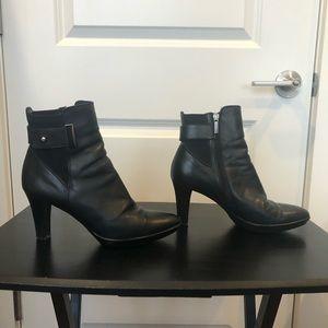 Aquatalia Rochelle heeled boots